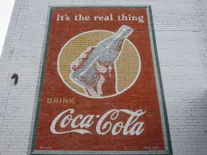 800px-Coca_Cola_ad_ca._1943_IMG_3744